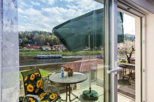 """Balkon """"Große Ferienwohnung"""" in Stadt Wehlen"""